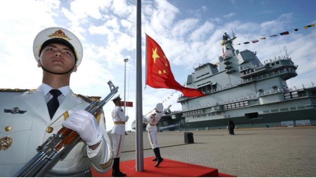 """德媒为中国关闭美国总领馆点赞,向装睡的美国喊话:""""时代变了"""""""
