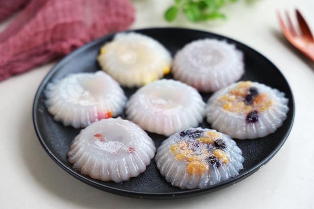 夏天最受歡迎的小甜點,不用烤不用煎,蒸一蒸,冰涼爽口,特解饞