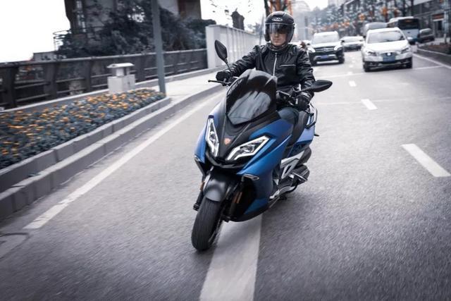 GPS极速129,又一款国产300大踏板要上市了