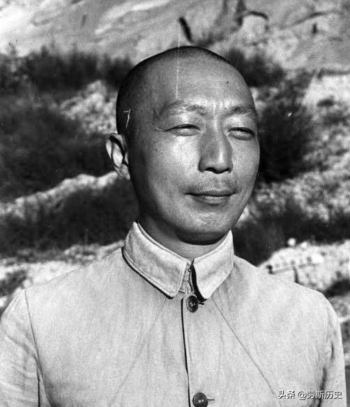 他们也曾年轻过!1944年拍摄于延安的第一代领导人老照片