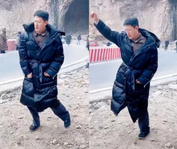 大妈跳广场舞图片