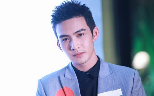张彬彬,1993年1月19日出生于江苏省无锡市