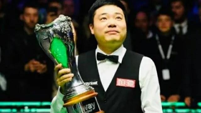 亨得利直指颜丙涛与丁俊晖不在一个档次,世锦赛最不愿看到丁奥会