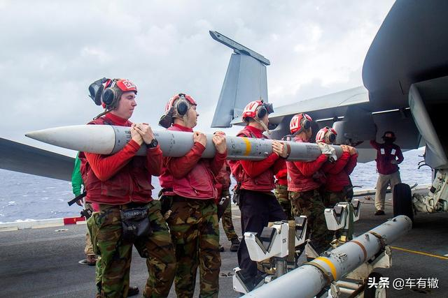 世界最强空对空导弹排名!美国占据榜首,中国两款导弹榜上有名