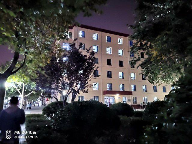2019年河北大学寝室宿舍条件与学校食堂环境图片-幼师学校招生网