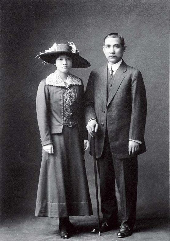 邓亚萍几段婚姻