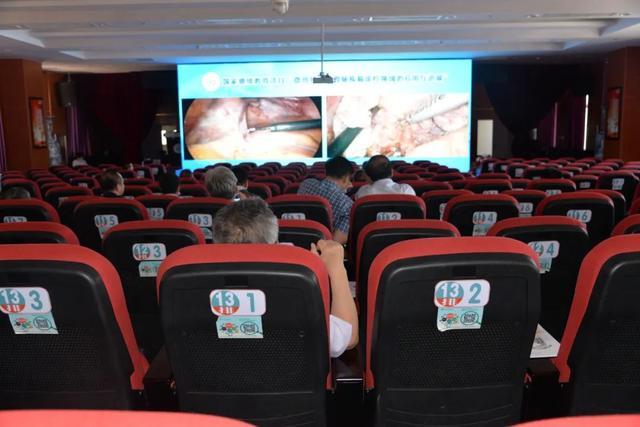 这场国家级继续医学教育项目的学术盛宴在巴彦淖尔市医院举行