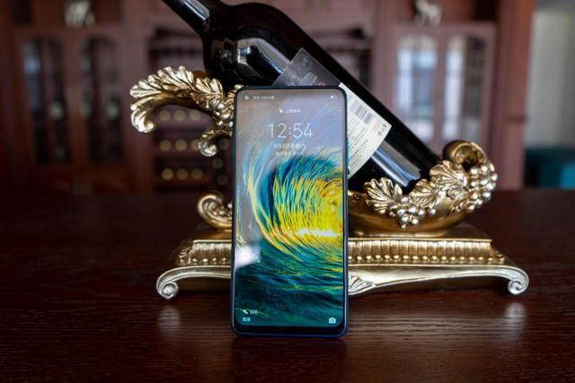 全网首发!超级玩家的荣耀Play 4手机最快上手评测:这颜值你爱?