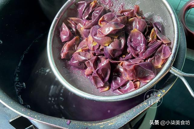 葡萄吃不完别扔了,开水一煮吃5天都不坏,清凉消暑无添加,解馋