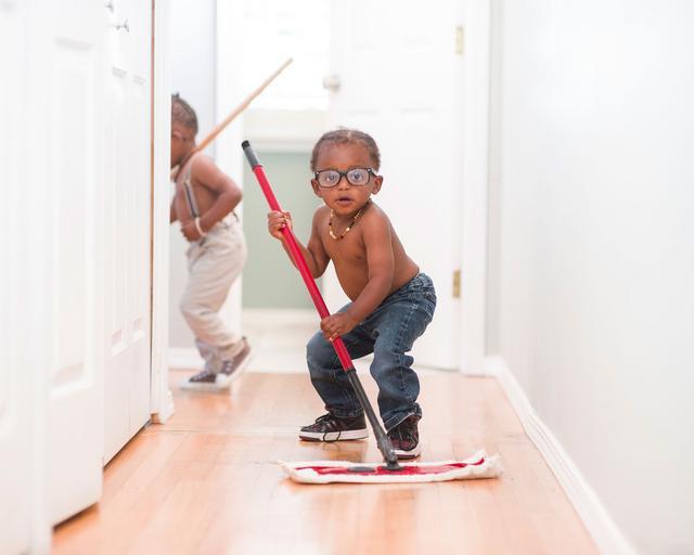 云镜:孩子有远视,到底需不需要配眼镜?