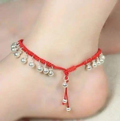 女人脚上系红绳是干什么的-第1张图片-IT新视野