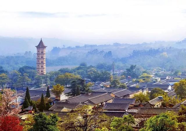 韩城南湖公园灯光秀天天表演,众多观众中游客多还是本地市民多?