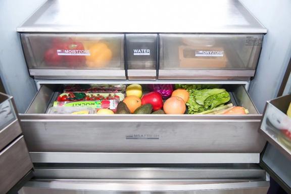 """多门冰箱空间浪费太""""鸡肋""""?那是你没选对,买卡萨帝冰箱保证不亏"""