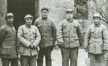 淮海战役纪念塔图片