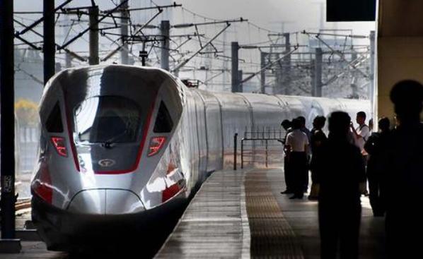 厉害了!我国投资4200亿,欲将2400公里高铁修建至南海