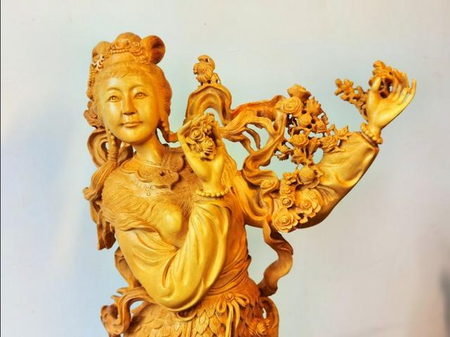 湖北宜昌:非遗传人花3个月完成黄杨木雕精品,有人出10万不卖