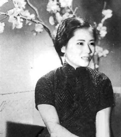 """她是""""原子弹之母"""",杨振宁没有她,拿不了诺贝尔奖"""