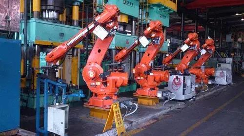 【成果推荐】面向等速万向节制造的机器人自动化锻压系统