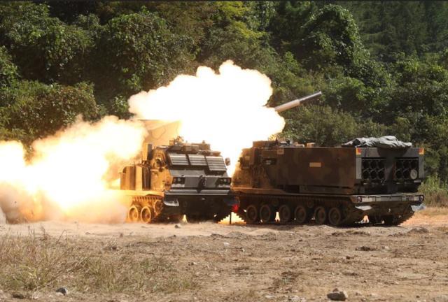 美国陆军炮兵又进化!看不到的目标也能靠卫星直接瞄准摧毁