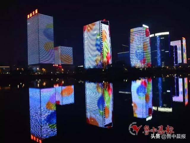 淄博火车站夜景图