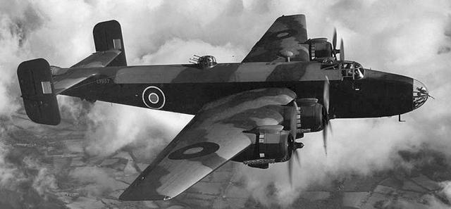评二战十大最强轰炸机 懂球帝