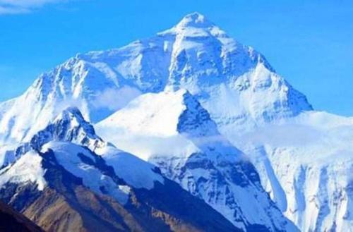 听说珠穆朗玛峰还在长高,它能长到2万米吗?