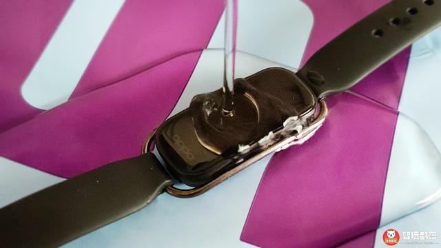 OPPO 手环时尚版开箱评测:两种腕带风格,支持NFC地铁公交门禁卡