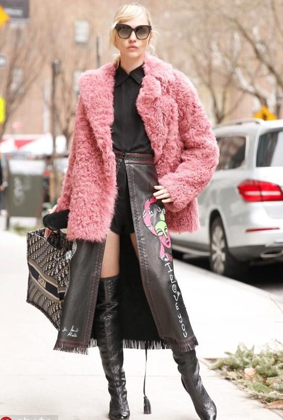 2020年新款女式皮草外套,皮草外套怎么搭配好看_服装服饰_爱靓网