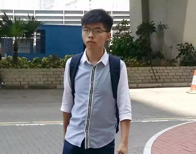 乱港分子黄之锋、陈浩天被捕!