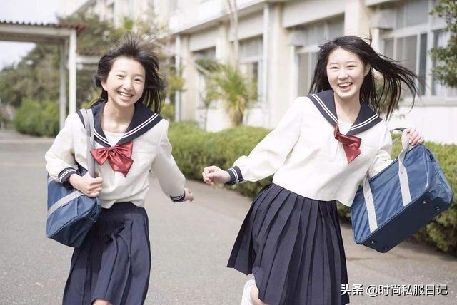 日本校服美女