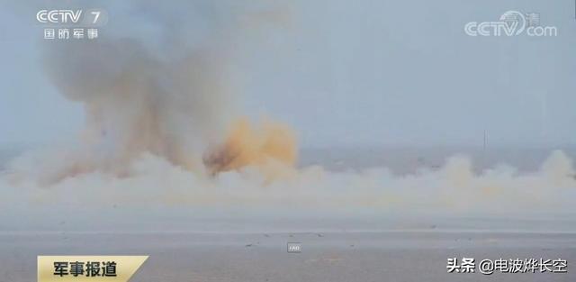 国产远火首秀空爆杀伤弹!在火炮头顶临空起爆,破片覆盖整个炮位