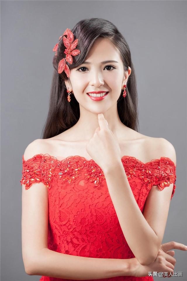 中式新娘发型这样做,华丽精致显气质