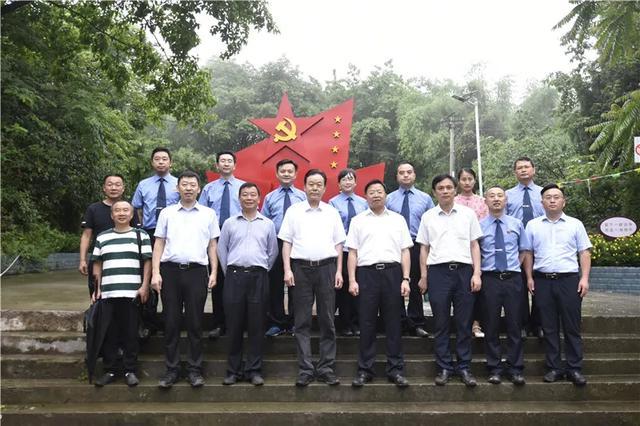 重庆市检察院贺恒扬检察长:凝聚三级院力量,全面助力决战决胜脱贫攻坚