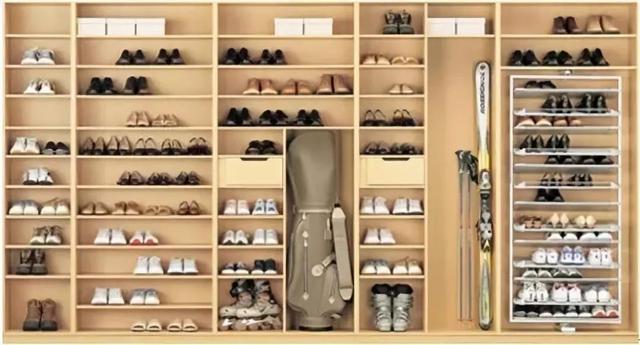 讲实话,这是我至今见过最漂亮实用的玄关鞋柜!用一辈子都没问题