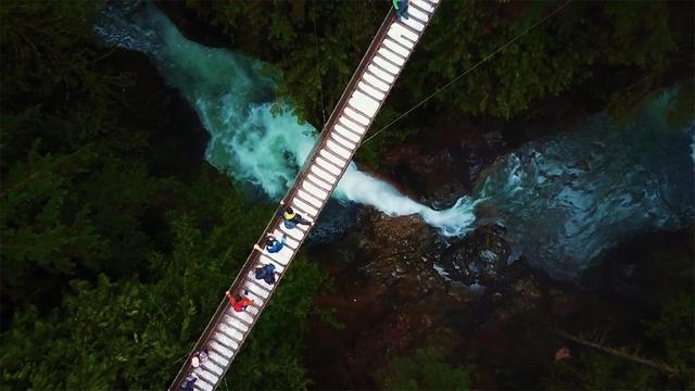 卡普兰奴吊桥公园(Capilano Suspension Bridge)_yaoyao_新浪博客