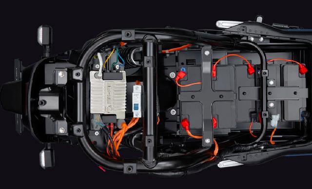 五羊本田发布新品电摩-V5,最大续航110km,售价4530元起