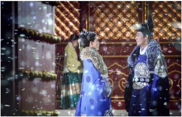 《女医明妃传》谭允贤喜欢的是皇上还是朱祁钰?