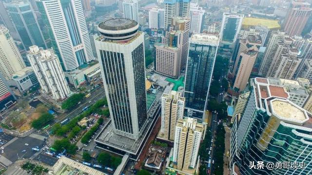 上世纪80年代的深圳国贸大厦 是怎样创下深圳速度的