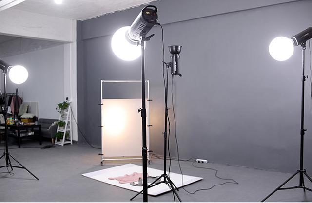 虚拟背景绿幕场景布置,如何选择直播间灯光?