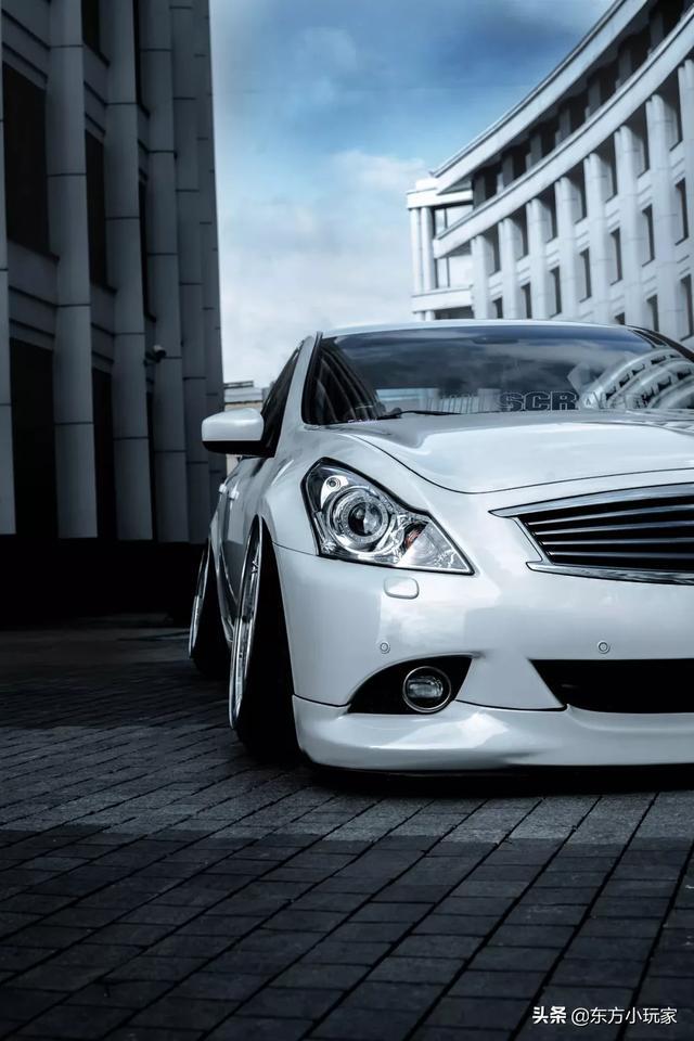 英菲尼迪G25:不容错过的一款车型,拥有稳固的驾驶乐趣和奢华感