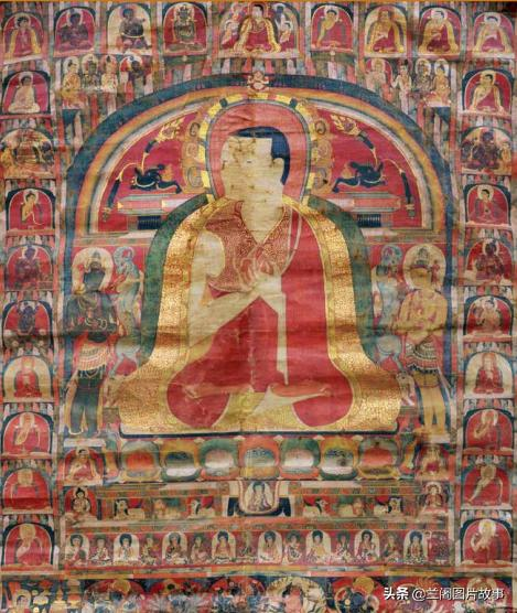 西藏喇嘛的手持图