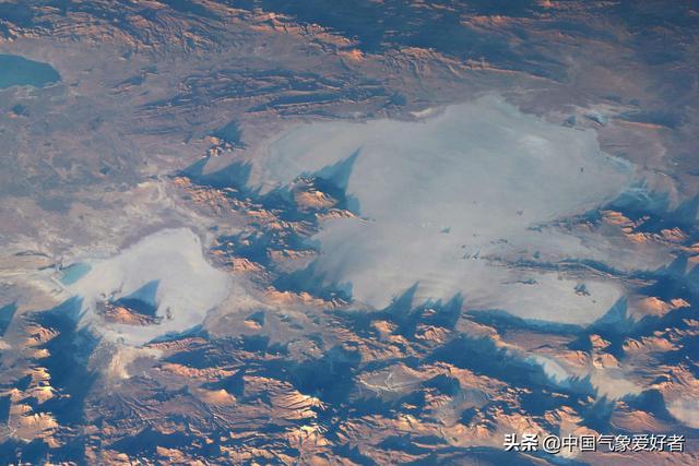 """探秘南美绝美""""天空之镜"""":从国际空间站都能看到的地球奇观"""