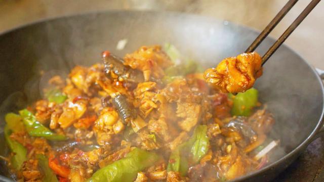 厨男王一刀:干锅鸡的做法,香辣过瘾,做法简单,分分钟就能学会