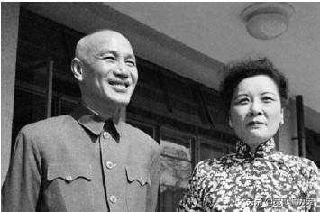 """""""独裁者""""蒋介石之死亡"""