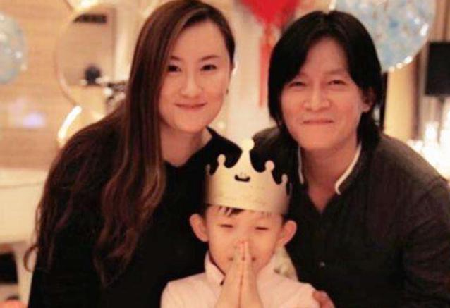 杨志刚老婆张静结婚照