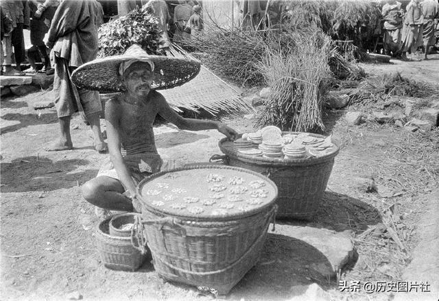 百年前的成都:美国人拍摄生活在社会底层的贫苦百姓