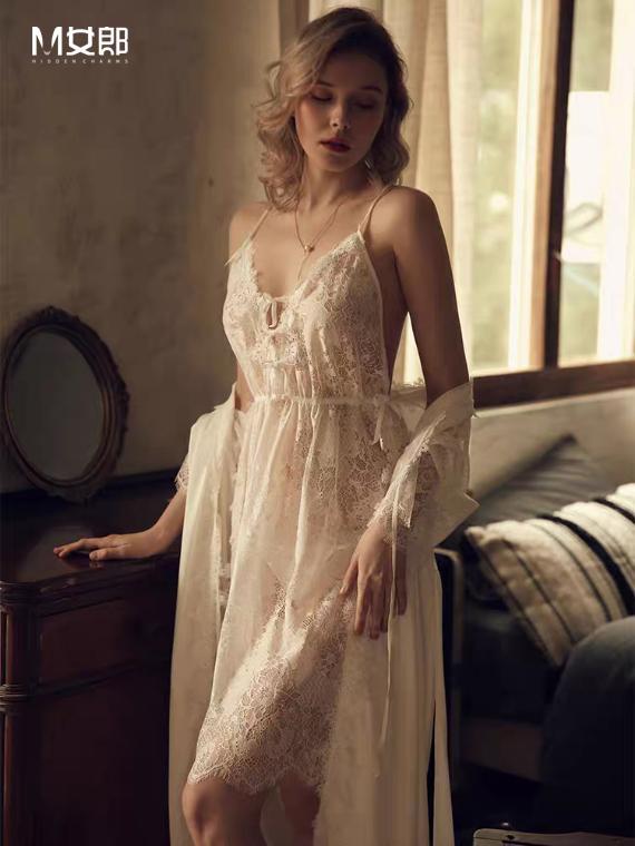 新锐女性内衣品牌M女郎:塑造极致诱惑,点亮你的高光时刻