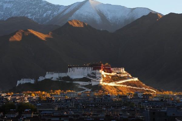 西藏美景竖版