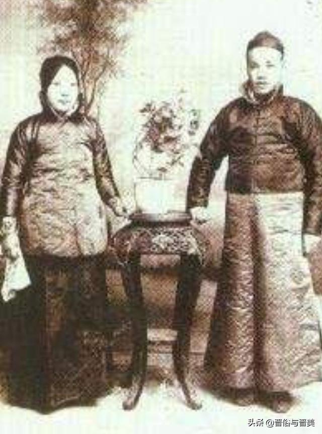 清代春交密戏画图