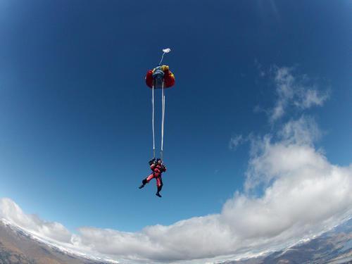 空降兵跳伞图片